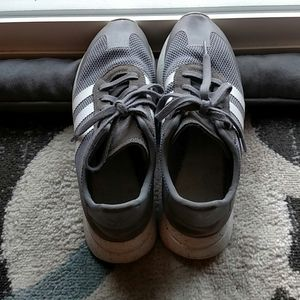SIZE 10 WOMAN'S ADIDAS SHOES